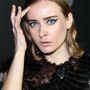 Olga Szorokina fehérorosz modell és divatház-vezető (IRFĒ) folyamatosan ilyen arcot vág szegény