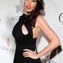 Tamara Ecclestone ruhahasítéka ilyen furcsán mutatta meg melle részletét.