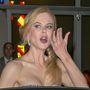 Íme tehát az elmúlt napok Elhallgatott Eseményei a Cannes-i Filmfesztiválról: Nicole Kidman pontyarccal ásít.