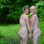Helen és John Dobson a Pines Naturist Clubban házasodott össze