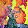Miley Cyrus a World Music Awards színpadán, Monte-Carlóban, május 27-én