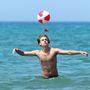 Dyan és Cole Sprouse a Tirrén tengerben