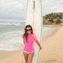 Lea Michele színésznő is felöltözve kezdi a bulikát