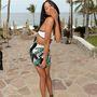 Itt még felöltözve pózol az egyik modell, Heidy de la Rosa