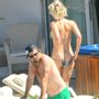 A képhez tartozó, Pamela Anderson seggéről lecsúszott a bikinialsó című posztunkat erre találja.