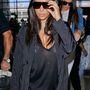 A képhez tartozó, Kim Kardashian átlátszó felsőben hívta fel magára a figyelmet című posztunkat erre találja.