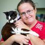 28 éves a macskája, mint Lorraine Arnotté? Mutassa meg, hogy ennyi idő alatt sem lett kevésbé macska, és még a gazdájától is elhúzódik!