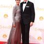 Végezetül pedig rettentően örülünk, hogy az Emmy-díjas Bryan Cranston sem volt rest összekapaszkodva fényképezkedni feleségével, a színésznő Robin Deardennel ilyen rettentően szeretnivaló módon.