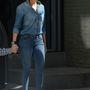 Jennifer Lopez Bronxban járt (itt a fia kezét fogja, de ő még gyerek, úgyhogy nem mutatjuk meg)
