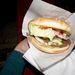 Mellette pedig egy büfé, ahol remek hamburger kapható 500 forintért (sajttal +50 forint), hozzá egy korsó sör 450 forint, lángos 350 forinttól kapható