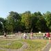 A park a móló mellett. Hőségben nyilván a szökőkút a legkedveltebb látnivaló