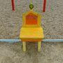 A kék csík jelenti a balatonpartot, a szék a települést – mi természetesen Boglárt fotóztuk le