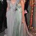 2009. január: Mischa Barton és Milla Jovovich egy párizsi jótékonyásgi gálán 2.