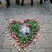 Dupla szívvel emlékeztek a pop királyára