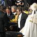 Fawcett fiát kiengedték a rehabról a temetésre