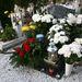 Az újságíró temetése nem volt nyilvános, de a részvétet nyilvánítók számára megteremtették a végső tiszteletadás lehetőségét.