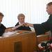 A színész új ügyvédje, Ruttner György három elmeorvosi szakvéleményt adott be a bírónőnek. Beadták a drogprevenciós előadásokról szóló papírokat is. Illetve még egy pályatársak által írt levelet is beadnak, amelyben a színész kollégái valószínűleg enyhébb büntetést kérnek.