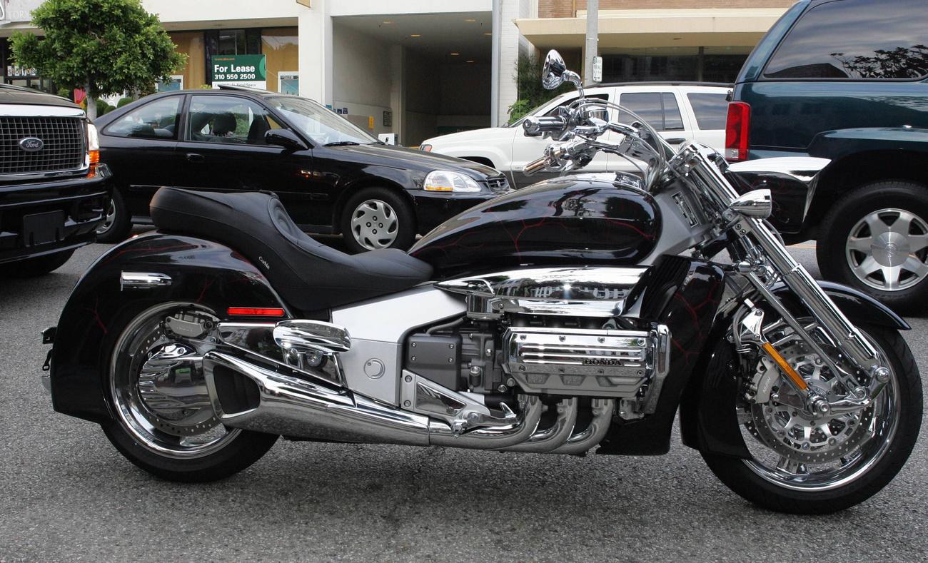John Mellencamp motorozni viszi Meg Ryant