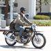 Keanu Reeves a motorján