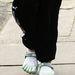 Kate Hudson ötujjas cipőt vett fel