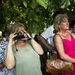 A tömeg lelkesen fotózott és kommentált