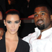 Kim Kardashian pasijával, Kanye Westtel érkezett, bár utóbbi nem volt jelent szinte sehol a műsorban