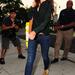 Katie Holmes ezt a kopott velúr bokacsizmát hordta nyáron