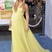 Kate Hudson, ő is mer sárga lenni.
