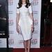 A Neveletlen hercegnő óta Anne Hathaway-t szinte mindig ugyanúgy lehetett látni: hosszú, hullámos sörénnyel, és romantikus ruhákban.