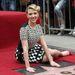 Scarlett Johansson már egészen olyan, mintha Twisterezne.