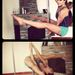 A gyerekkori sport és balett miatt pedig hajlékony a teste