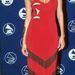 Tyra Banks 1997-es ruhája akkoriban trendinek számíthatott. Ma már takarításhoz sem vennénk fel