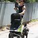 Orlando Bloom gyerekkel, és kutyával