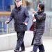 Michael Caine duplán meglepő: egyrészt, mert eredetileg Maurice Joseph Micklewhite-nak hívják, másrészt pedig mert a feleségét Shakirának hívják. Ő látható a képen is, a színész mellett.