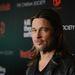 Brad Pitt maláj Toyota-reklámját betiltotta a helyi információsminiszter-helyettes, mert úgy vélte, a színész aláaknázza az ottani férfiak önbecsülését. Ugyanis túl jól nézett ki benne.