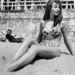 Brigitte Bardot 1953-ban, a Cannes-i Filmfesztivál alatt strandolt így.