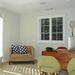 A főlakosztályból (így hívják a gigahálószobát) nyílik egy kisebb helyiség, ez lehet dolgozószoba, de babaszobát is berendezhet az ingatlanosok szerint.
