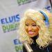 Nicki Minajról 2012 őszén készült a fotó egy rádióstúdióban. Belesüpped a hajába a fejhallgató