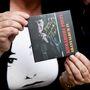 Bréking: Komáromi Pisti autogramot osztott!