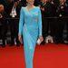 Jane Fonda viszont hiába bír fantasztikus formákkal, ez a ruha nagyon rossz ötlet volt. Szemből az oldalkivágás feltűnően rossz,