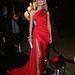 Sharon Stone körbemutogatta hosszú lábait,