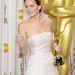 2013 - Jennifer Lawrence megkapta az Oscart, ezért mindenki bekaphatja