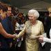 II. Erzsébet királynőnek bemutatják Cheryl Cole-t, akit szintén a világ egyik legszexisebb énekesnőjének tartanak, és Kylie Minogue-t a júniusi esemény után. Kétségtelenül erős csapat gyűlt össze a lakodalomra.