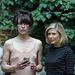 Melltartó nélkül, Tara Subkoff művésznővel, aki különös kísérletnek veti alá Jovovichot az idei velencei biennálén.
