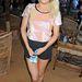 Ellie Gouldingnak is csak az a mázlija, hogy voltaképpen mindenben jól néz ki.