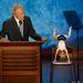 A 2012-es republikánus jelöltállító konvencióján Clint Eastwood látszólag egy üres székkel beszélgetett. Látszólag.