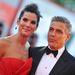 Sandra Bullock és George Clooney gyanúsan sokat vannak együtt, merthogy most jön ki közös filmjük, a Gravity