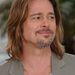 A megyei Brad Pitt hasonmásverseny 3. helyezettje, nem. Ez tényleg Brad Pitt