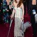 Üvegszilánkba tipegtek a kis lábak, ezért Kristen Stewart az idei Oscaron krómosan csillogó mankóval  jelent meg.
