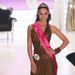 A világversenyen azonban mégsem Dobó indult, hanem a Miss Earth Hungarynek megválasztott Kaló Jennifer, az egyébként is balszerencsés Dobó ugyanis szilánkosra törte a csuklóját a verseny előtt